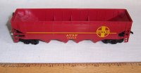 AHM HO Scale Model Train Santa Fe ATSF 4-Bay Hopper Car #99246
