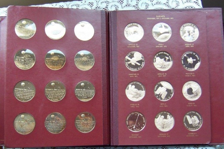 Franklin Mint America in Space Bronze Medal Set 1970-73 no 1-36 - Click Image to Close