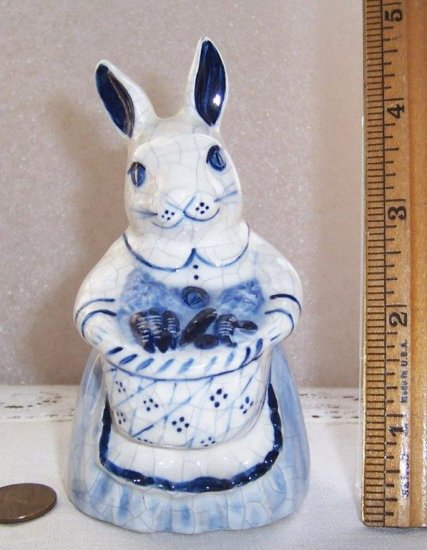 Potting Shed Dedham Pottery Mother Bunny with Basket Figurine - Click Image to Close
