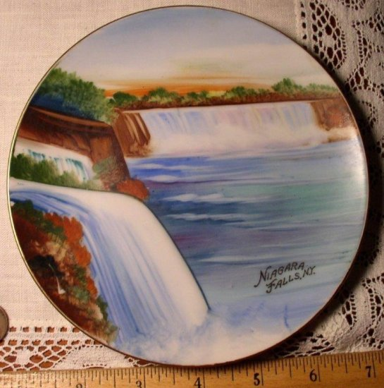 Vintage Hand Painted Niagara Fall Wall Plate, Made in Japan - Click Image to Close
