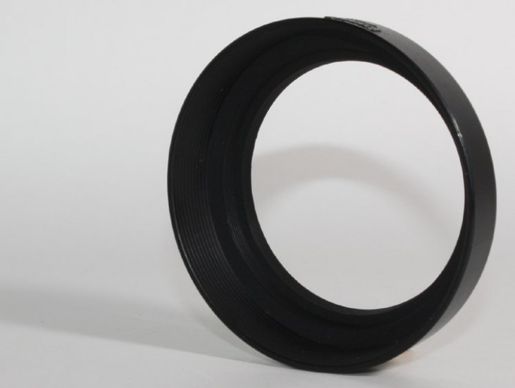 Genuine vintage Konica 55mm thread lens hood - Click Image to Close
